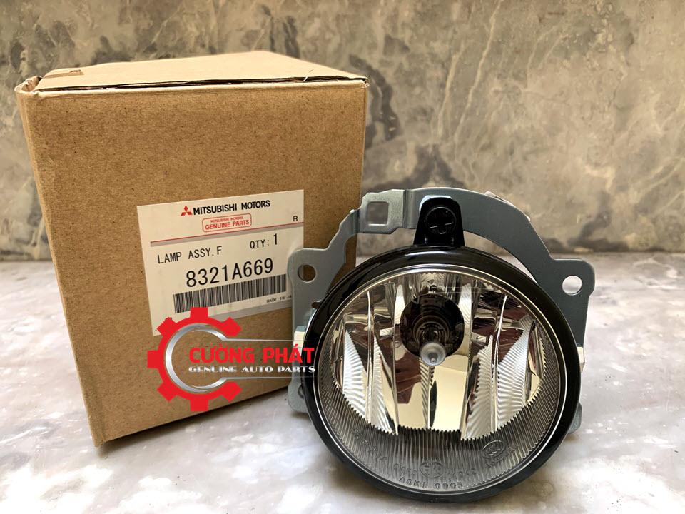 Hình ảnh đèn gầm Mitsubishi Outlander chính hãng