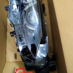 Hình ảnh đèn pha Mazda 6 2015 2.5 có liếc 2 bi