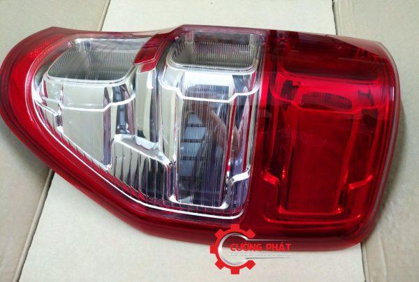 Hình ảnh đèn hậu phải Ford Ranger 2016, 2017, 2018 chính hãng