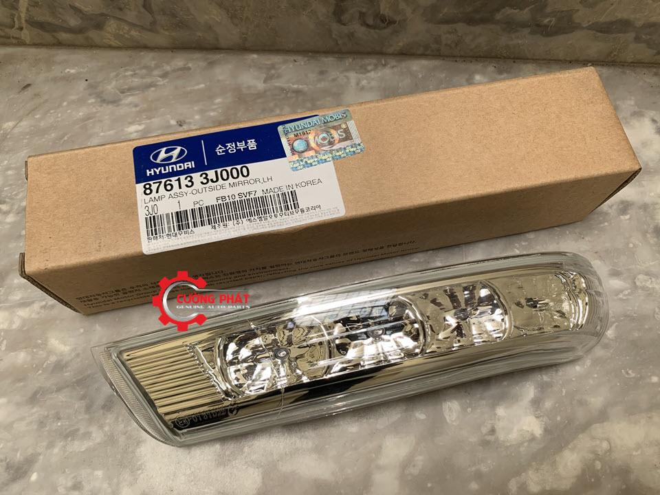 Hình ảnh đèn xi nhan gương Hyundai Santafe 2008-2010 chính hãng