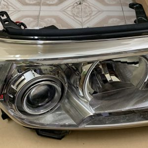 Hình ảnh đèn pha Toyota Land Cruiser 2010 chính hãng