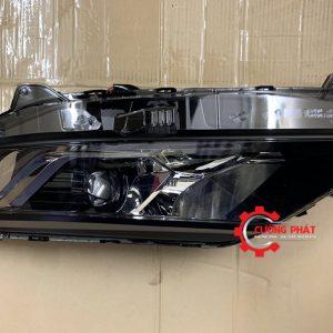 Hình ảnh đèn pha Mitsubishi Triton 2020 chính hãng