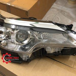 Hình ảnh đèn pha Toyota Fortuner 2018 chính hãng