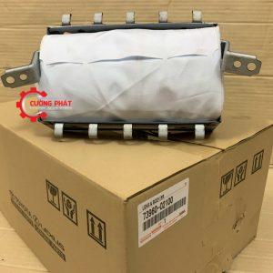 Hình ảnh túi khí chính Toyota Corolla Altis 2011 2.0 chính hãng