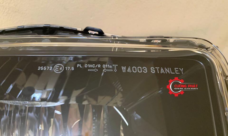 Cận cảnh đèn pha Xpander 2018, 2019 chính hãng, bản halogen không LED