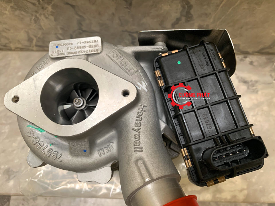 Cận cảnh turbo tăng áp Ranger, BT50 chính hãng