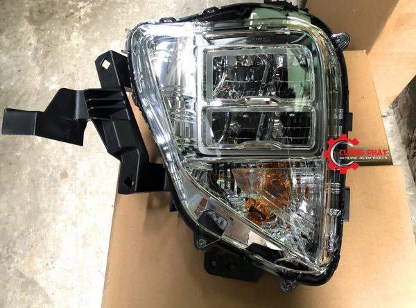 Cận cảnh đèn pha Xpander 2020 có LED chính hãng