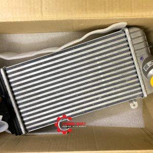 Hình ảnh két làm mát turbo Hyundai Santafe 2020 chính hãng