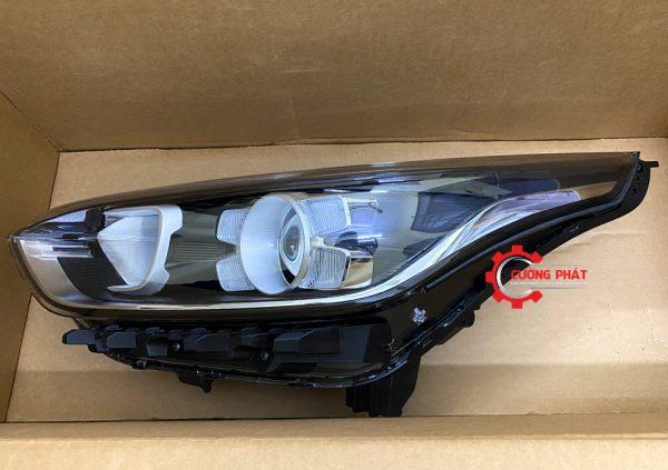 Chi tiết đèn pha có LED Cerato 2019, 2020 chính hãng