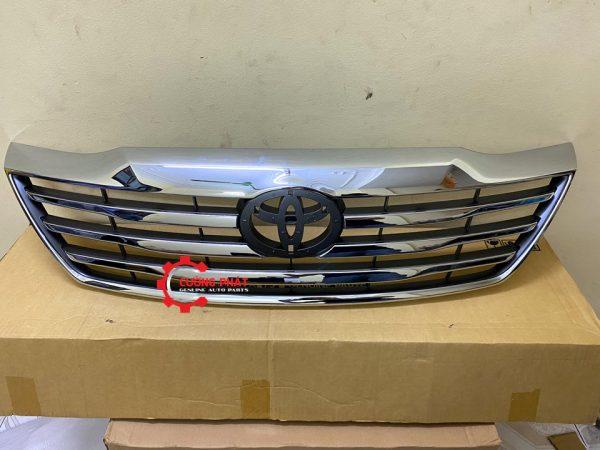 Hình ảnh mặt ga lăng mạ Toyota Fortuner 2013 chính hãng