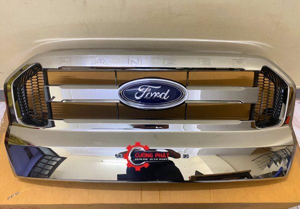 Hình ảnh mặt ca lăng Ford Ranger XLT chính hãng