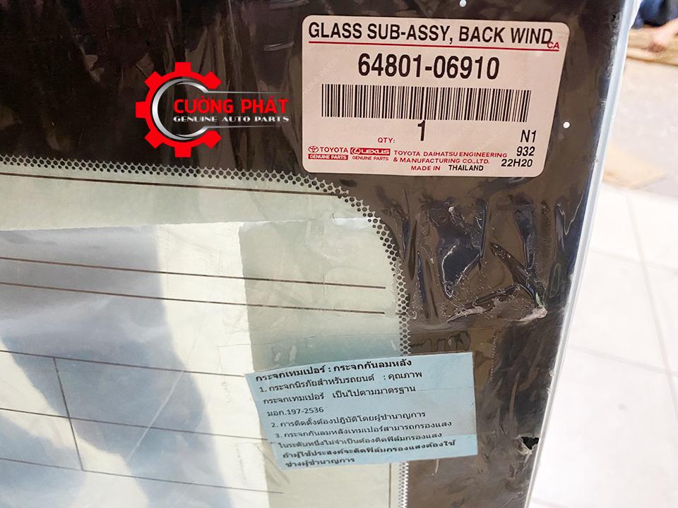 Tem mã chính hãng kính chắn gió sau Camry 2015-2017 chính hãng